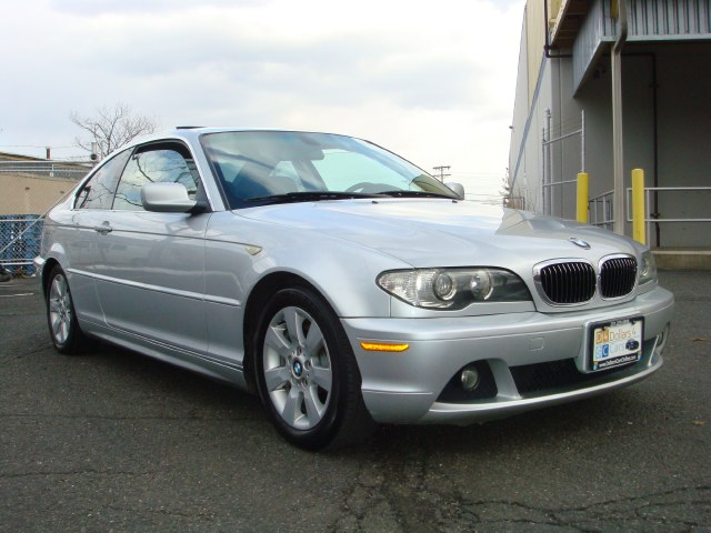 2005 BMW 325CI 325Ci 2dr Cpe SULEV Clean 2005 silver BMW 325ci with clean carfax Heated seats sun