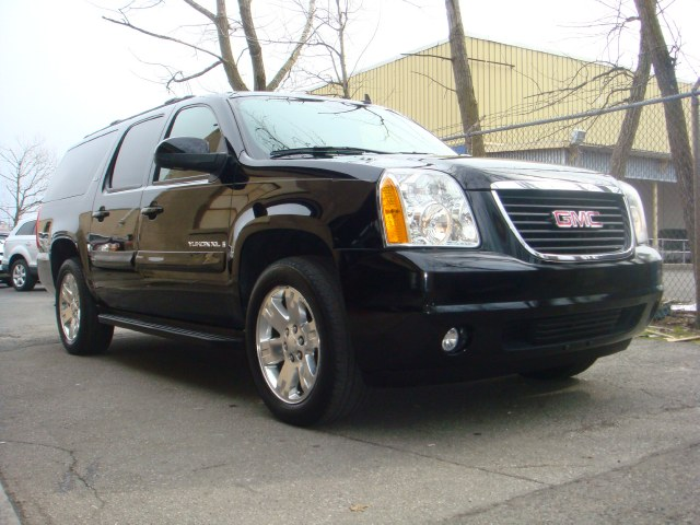 2007 GMC Yukon XL 4WD 4dr 1500 SLT 2007 GMC Yukon XL sun roof DVD heated leather seats 3rd row
