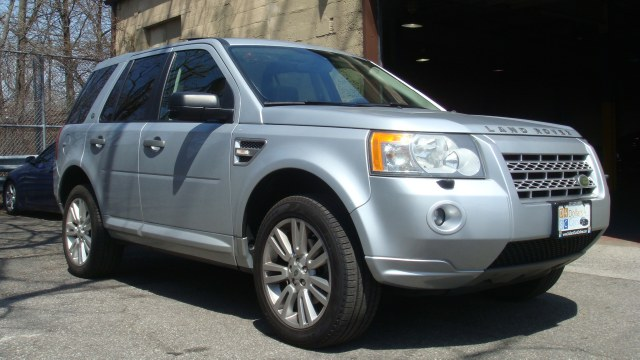 2009 Land Rover LR2 AWD 4dr HSE clean carfax 2009 Land Rover LR2 HSE heated leather seats dual s