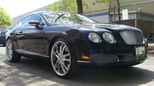 2005 Bentley Continental 2dr Cpe GT Beautiful 2005 Bentley GT Heated leather seats Rear air Park