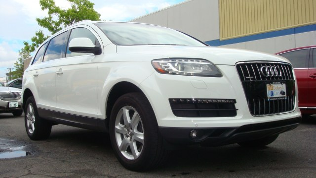2010 Audi Q7 quattro 4dr 36L Premium Plus One owner clean carfaxFawless Vehicle Beautiful 2010 Q