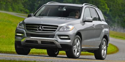 2015 MERCEDES M-Class 4MATIC 4dr ML350 Sunrise Auto Outlet  is the car shopping destination for Lo