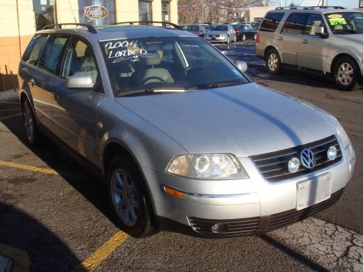 Image 2 of 2004 Volkswagen Passat…