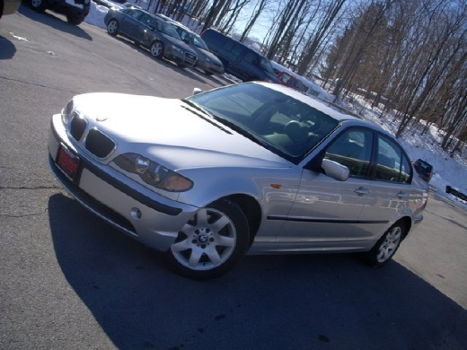 Image 2 of 2005 BMW 325 xi Central…