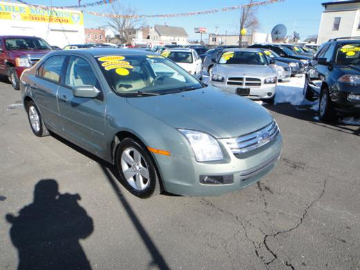 Image 1 of 2008 Ford Fusion 4 Dr…