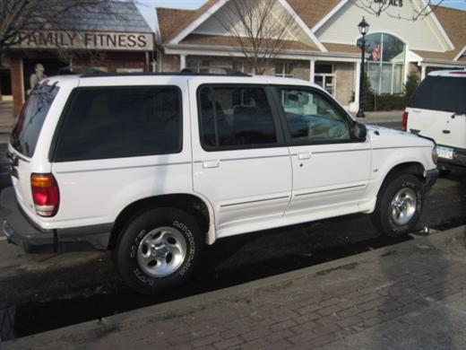 Image 1 of 1998 Ford Explorer XLT…