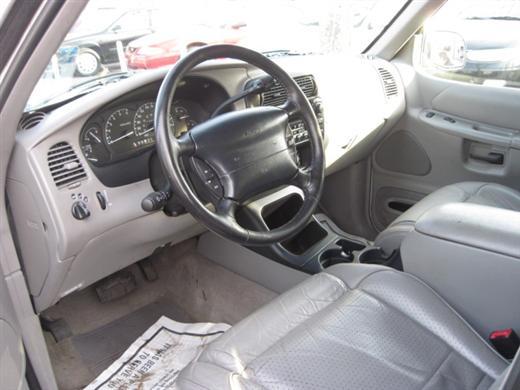 Image 3 of 1998 Ford Explorer XLT…