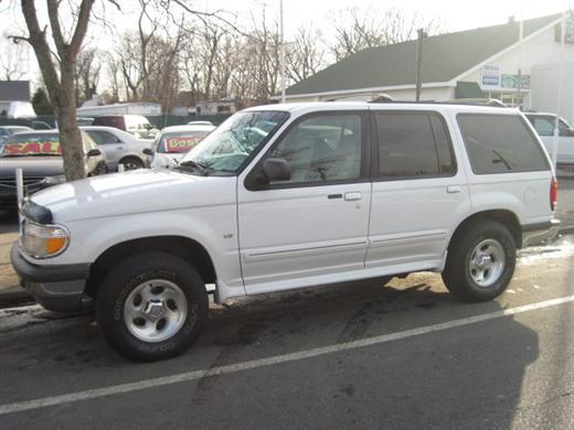 Image 4 of 1998 Ford Explorer XLT…