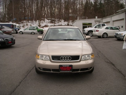 Image 2 of 2000 Audi A4 2.8 Central…
