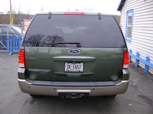 Image 10 of 2004 Ford Expedition…