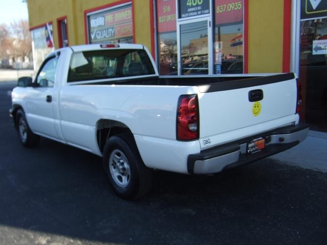 Image 1 of 2004 Chevrolet Silverado…