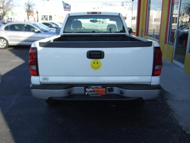 Image 4 of 2004 Chevrolet Silverado…