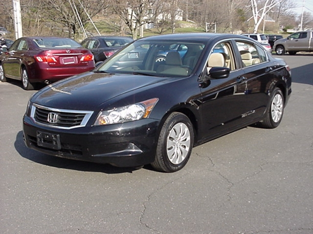 used 2008 honda accord pros and cons autos weblog. Black Bedroom Furniture Sets. Home Design Ideas