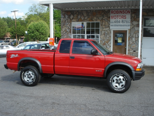1999 Chevrolet S-10 Extended Cab Pickup
