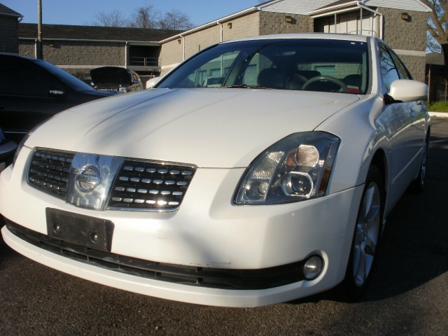 Picture of a 2006 Nissan Maxima