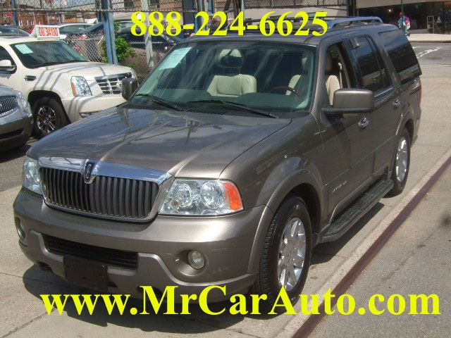 Image 1 of 2004 Lincoln Navigator…