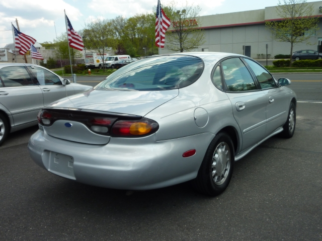 Image 1 of 1997 Ford Taurus LX…