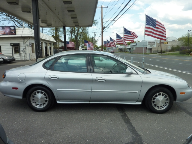 Image 2 of 1997 Ford Taurus LX…