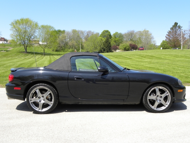 used 2005 mazda mx 5 miata convertible for sale west. Black Bedroom Furniture Sets. Home Design Ideas