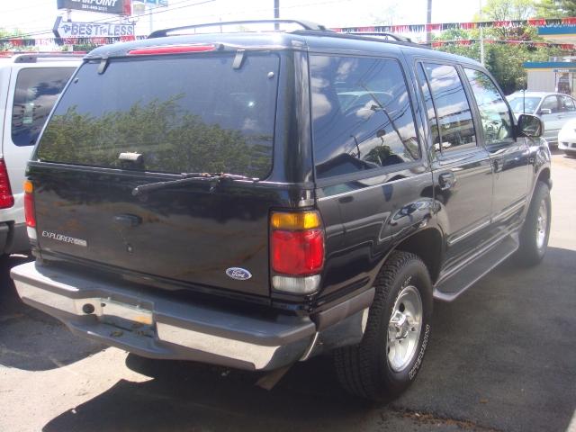 Image 2 of 1997 Ford Explorer XLT…