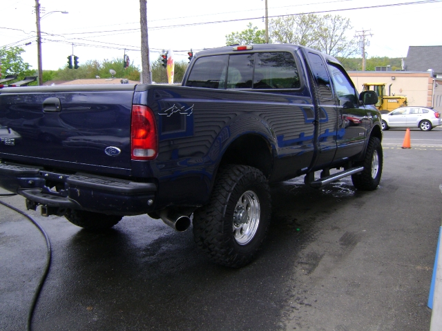 Image 6 of 2004 Ford F-350 XLT…