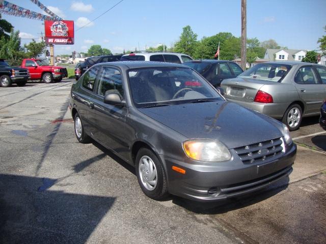 Image 10 of 2004 Hyundai Accent…