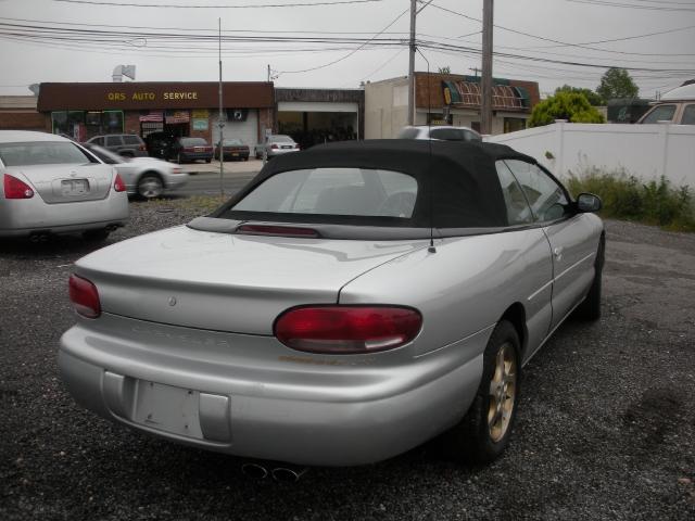 Image 6 of 2000 Chrysler Sebring…