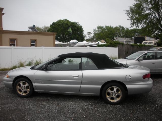 Image 9 of 2000 Chrysler Sebring…