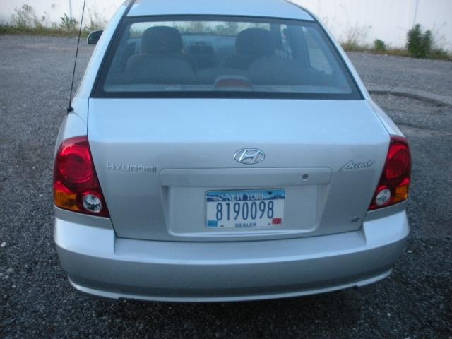 Image 3 of 2003 Hyundai Accent…