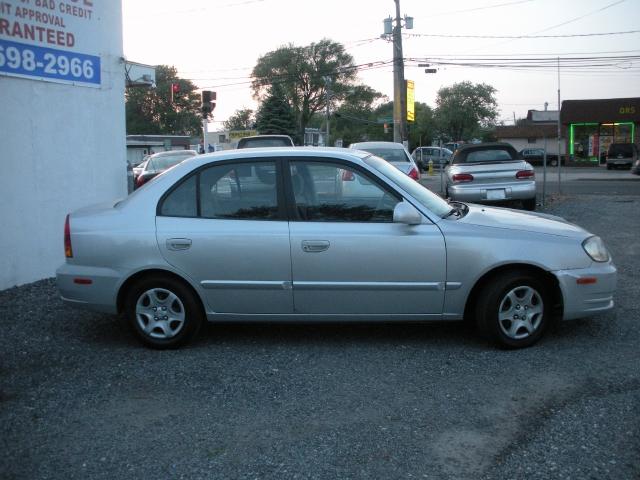 Image 4 of 2003 Hyundai Accent…