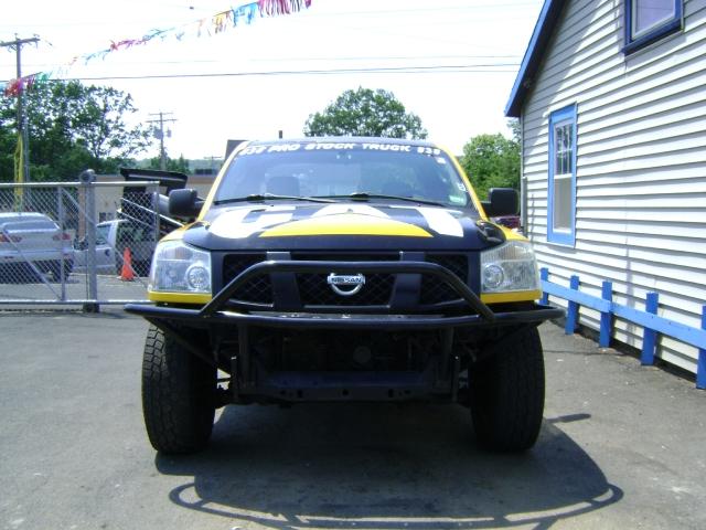 Image 8 of 2004 Nissan Titan SE…