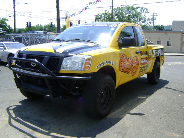 Image 9 of 2004 Nissan Titan SE…