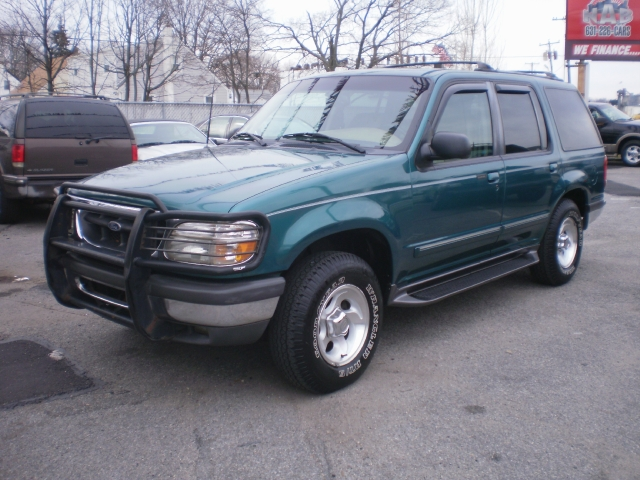 """1998 Ford Explorer 4dr 112"""" WB XLT 4WD, available for"""