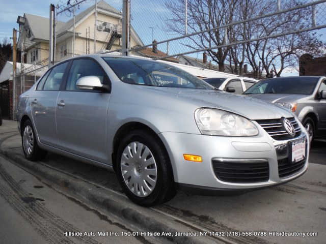 2009 Volkswagen Jetta Sedan 4dr Auto S We have assembled the most advanced network of lenders to en