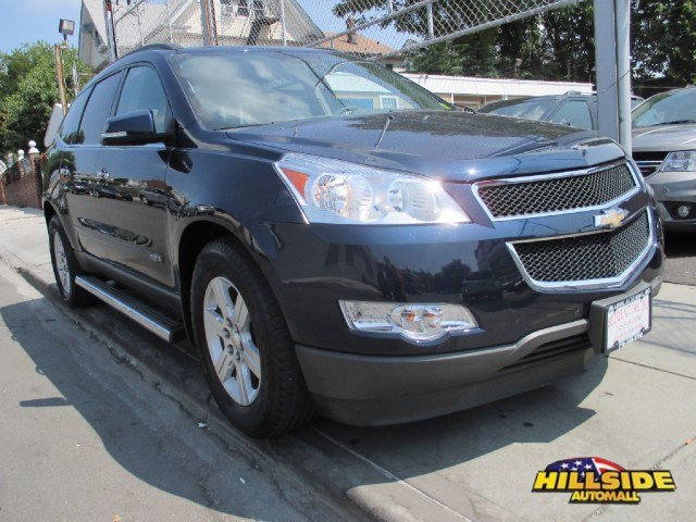 2010 Chevrolet Traverse AWD 4dr LT w1LT ABS4-Wheel Disc Brakes6-Speed ATACAT3rd Row SeatA