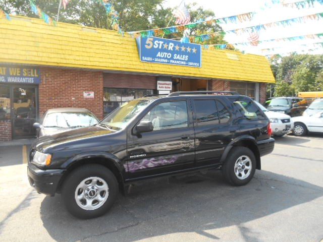 2004 Isuzu Rodeo in East Meadow