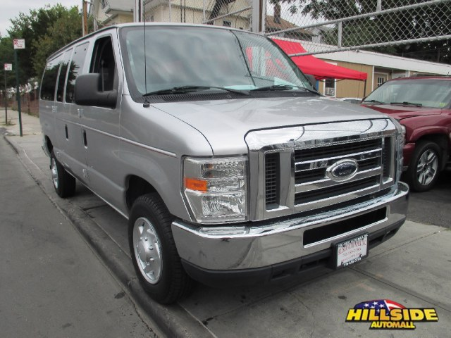 2010 Ford Econoline Wagon E-350 Super Duty XLT We have assembled the most advanced network of lende