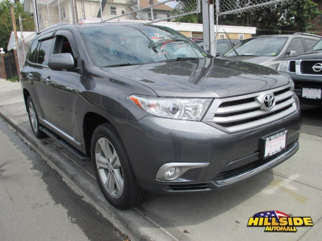 2012 Toyota Highlander 4WD 4dr V6  Limited Natl ABS4-Wheel Disc Brakes5-Speed ATACAT3rd R