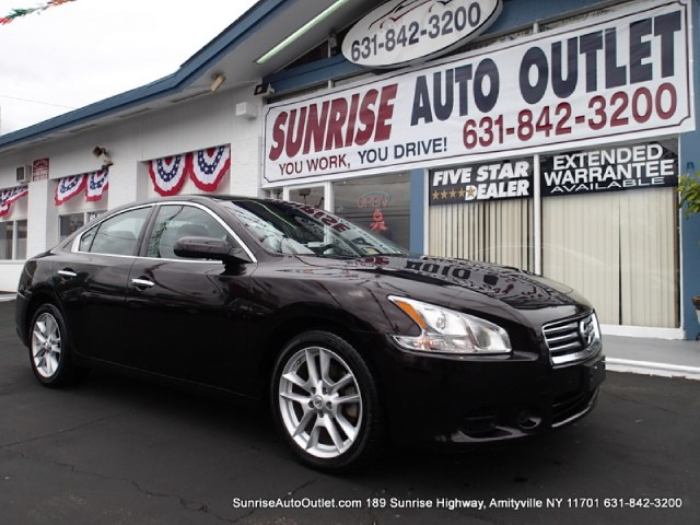 2013 Nissan Maxima 4dr Sdn 35 S Sunrise Auto Outlet  is the car shopping destination for Long Isla