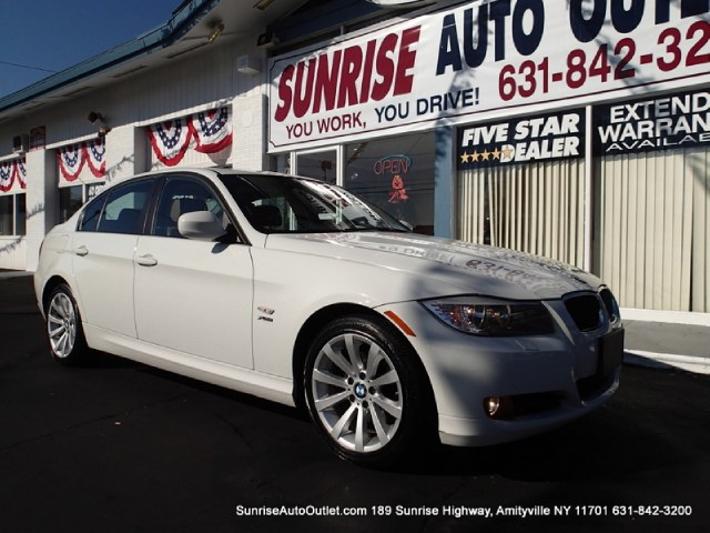 2011 BMW 3 Series 4dr Sdn 328i xDrive AWD SULEV Sunrise Auto Outlet  is the car shopping destinatio