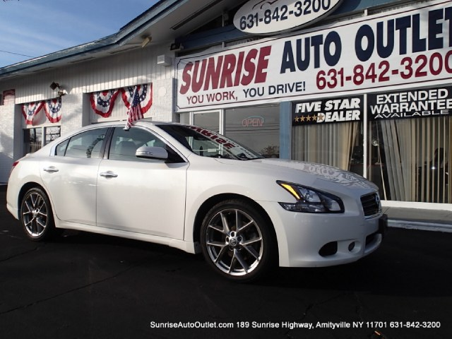 2011 Nissan Maxima 4dr Sdn V6 CVT 35 SV wPremiu Sunrise Auto Outlet  is the car shopping destinat