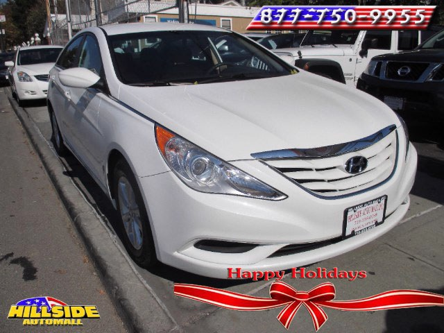 2013 Hyundai Sonata 4dr Sdn 24L Auto GLS PZEV Lt We have assembled the most advanced network of l