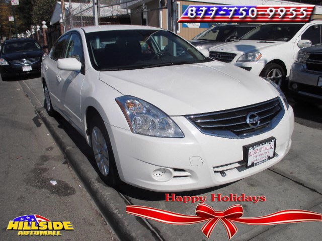 2012 Nissan Altima 4dr Sdn I4 CVT 25 S We have assembled the most advanced network of lenders to e