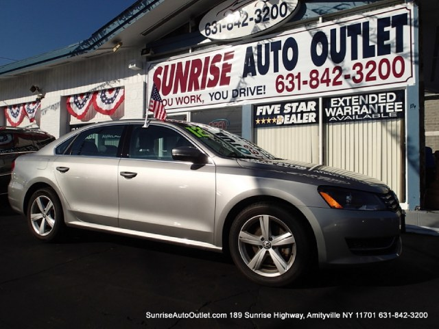 2012 Volkswagen Passat 4dr Sdn 25L Auto SE PZEV Sunrise Auto Outlet  is the car shopping destinati