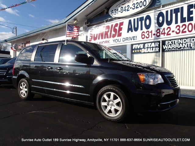 2013 Chrysler Town  Country 4dr Wgn Touring Sunrise Auto Outlet  is the car shopping destination f