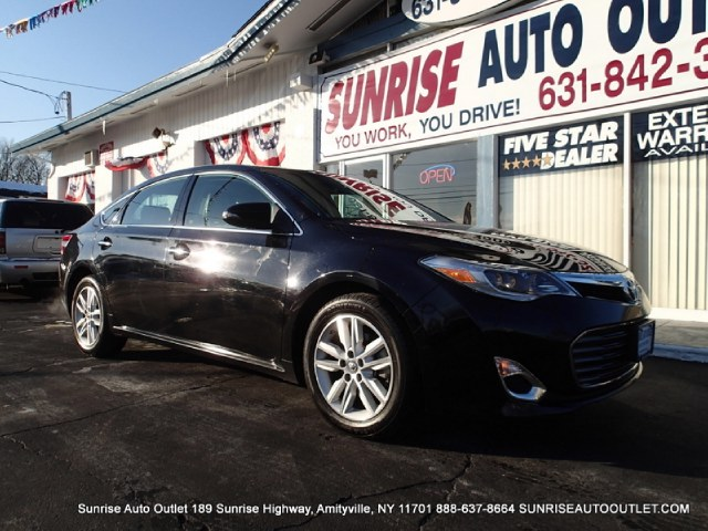 2013 Toyota Avalon 4dr Sdn XLE Natl Sunrise Auto Outlet  is the car shopping destination for Long