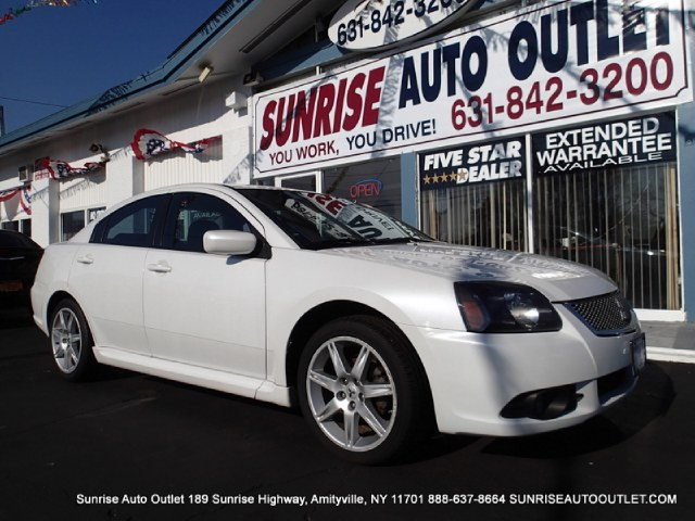2010 Mitsubishi Galant 4dr Sdn SE Sunrise Auto Outlet  is the car shopping destination for Long Isl