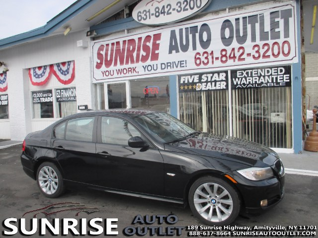 2011 BMW 3 Series 4dr Sdn 328i xDrive AWD South THIS XDRIVE 3 SERIES IS SURE TO IMPRESS RARE COLO