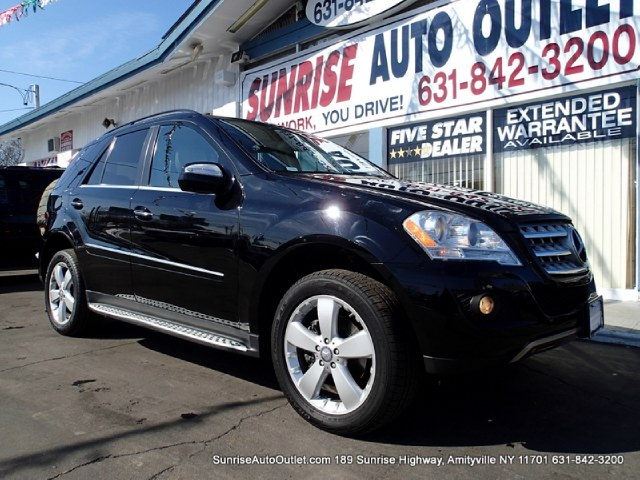 2010 MERCEDES M-Class 4MATIC 4dr ML350 Sunrise Auto Outlet  is the car shopping destination for Lon