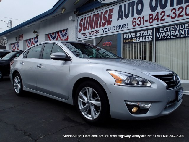 2013 Nissan Altima 4dr Sdn I4 25 SV Sunrise Auto Outlet  is the car shopping destination for Long
